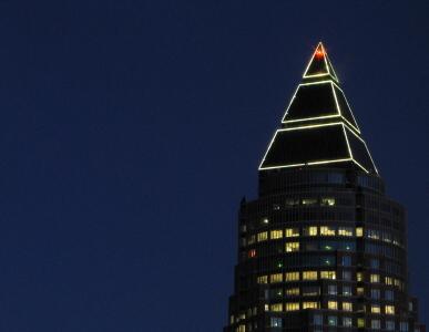 poderes unidos - Frankfurt Tower