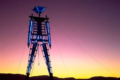 poderes unidos - Burning Man_01