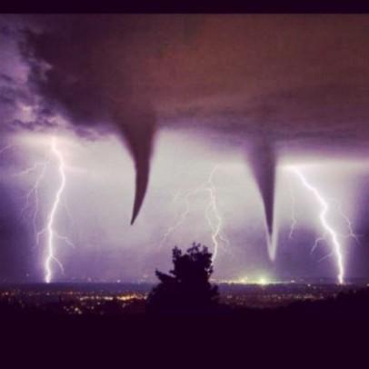 Poderes_Unidos-(tornados)-03