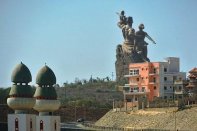 PoderesUnidos - The African Renaissance Monument (Senegal)_07a