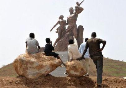 PoderesUnidos - The African Renaissance Monument (Senegal)_08a