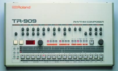 Poderes Unidos-Roland 909_01